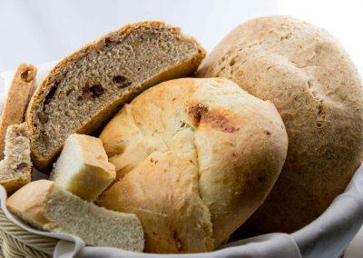 Nuestro pan elaborado artesanalmente a diario